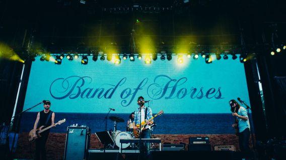 1401x788-bonnaroo2016_day3-132-band-of-horses