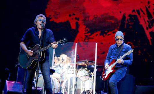 roger-daltrey-l-and-pete-townshend-of-the-who-perform-at-the-madcool-festival-as-part-of-their-the-who-hits-50-tour-in-madrid-spain-june-16-2016-reuters-paul-hanna