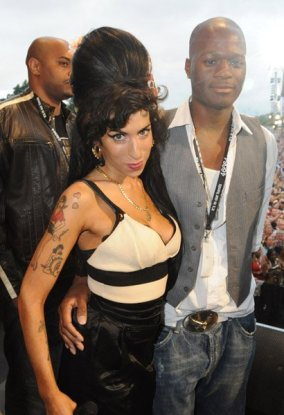 zalon-and-amy-winehouse-at-nelson-mandela-21