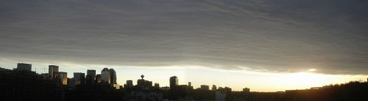 1920px-chinook_arch-calgary