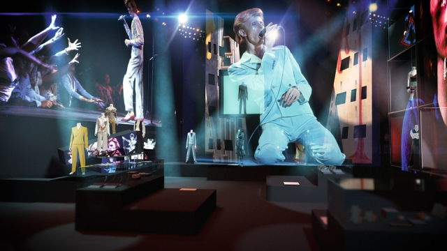 concept-visualisation-by-fifty-nine-production-and-real-studios-for-david-bowie-is_copy