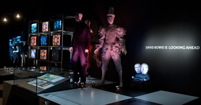 david-bowie-exhibition1
