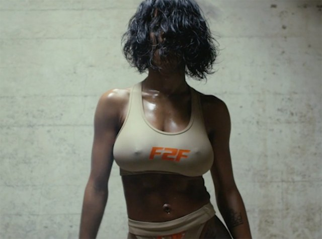teyana-taylor-fade-to-fit