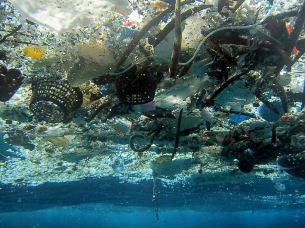 ap_garbage_oceans_2_hb_180323_hpmain_4x3_992