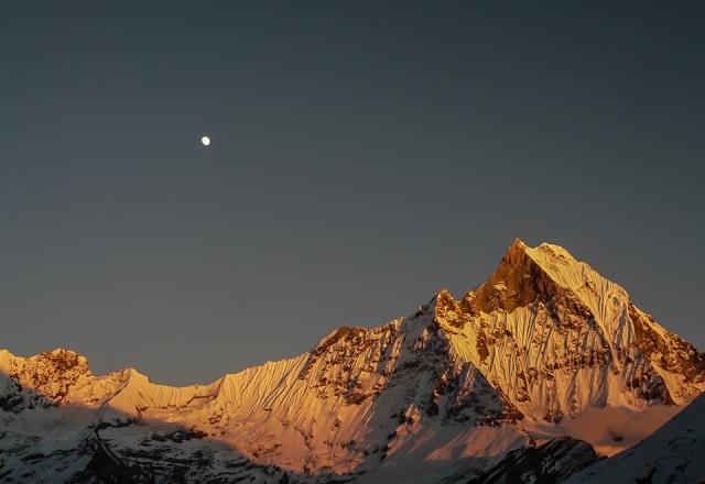 Viajes-Nepal-trekking-Santuario-Annapurna